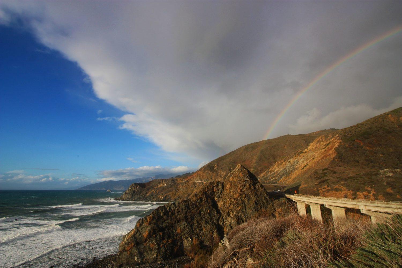Поездка по первой дороге из Лос-Анджелеса в Сан-Франциско